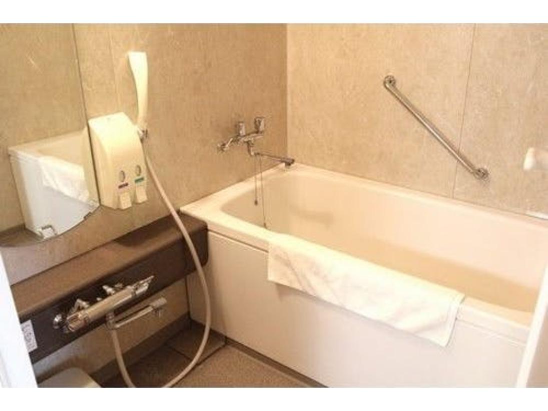ツインルームと和室はバス・トイレ別です。