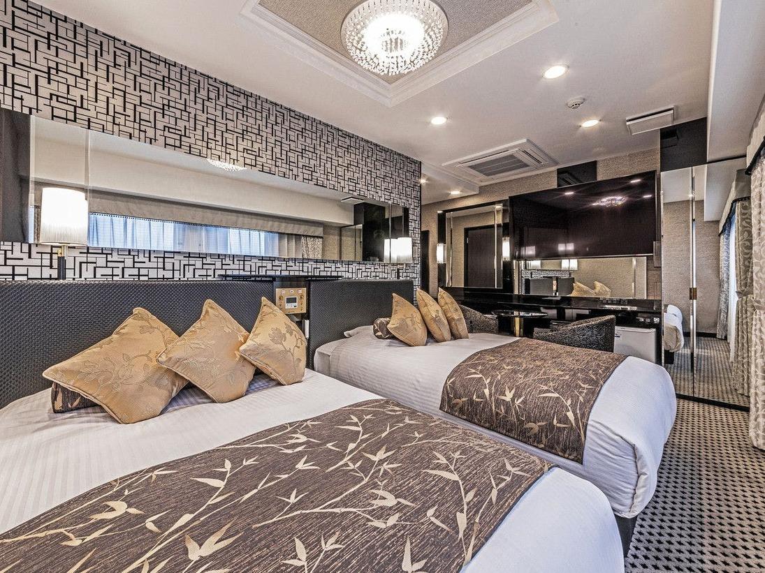 広さ27平米/ベッド幅120cm×2台