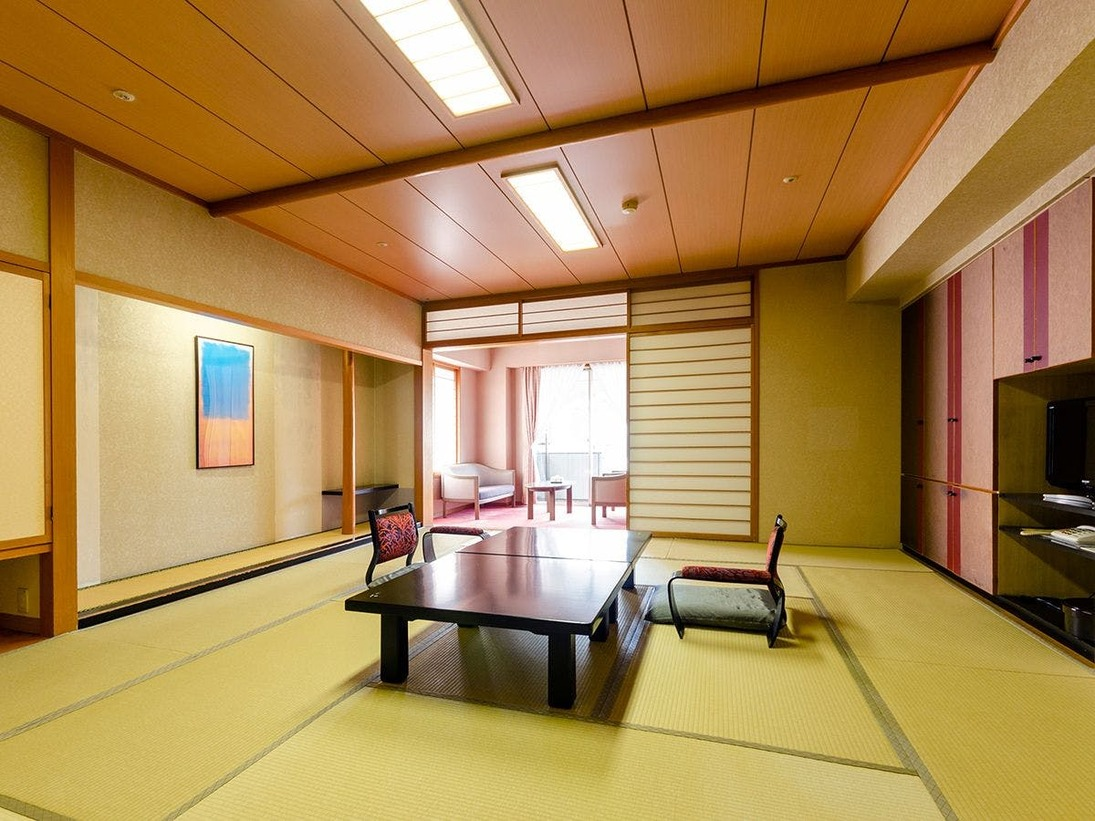■グランシャトー館 DX角部屋12.5畳又は15畳(S)(Wi-Fi可)