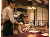 朝夕のお食事はレストラン『Petit Poche(プチポッシュ)』で。