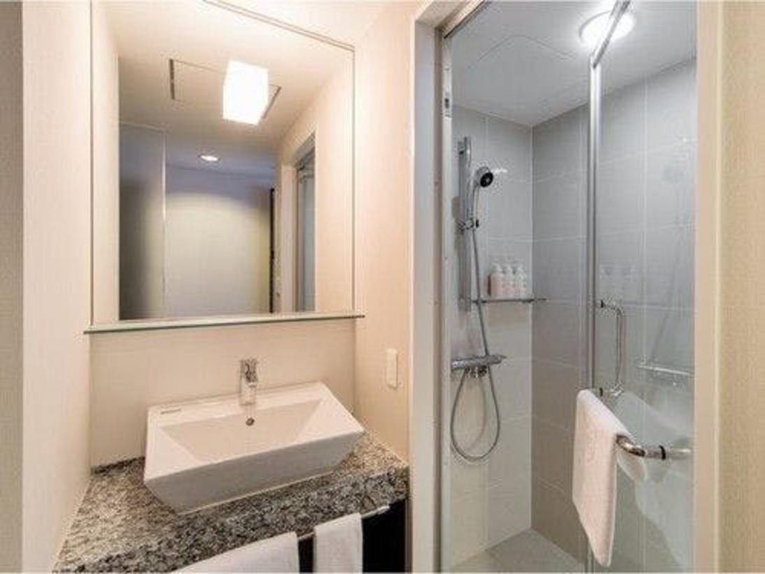 シングルシャワーブース 一例