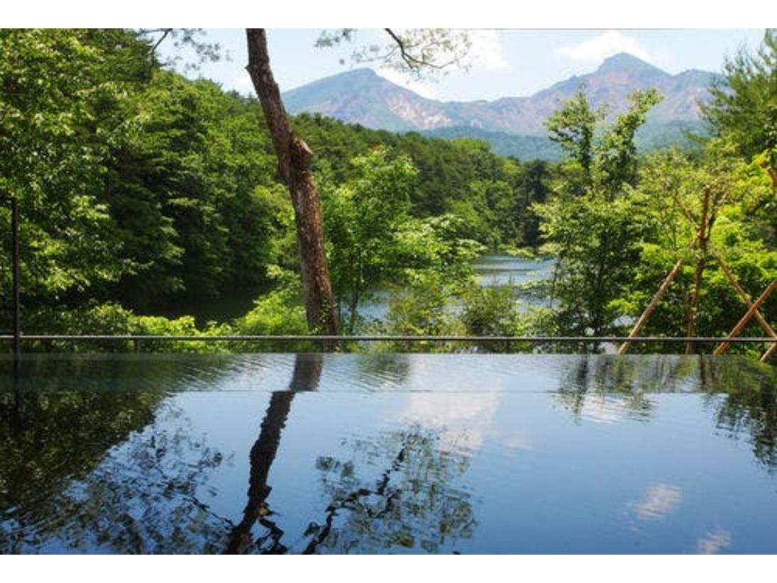 磐梯山を望む「絶景露天風呂 四季の湯」
