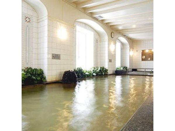 最上階に、癒しの展望温泉を併設