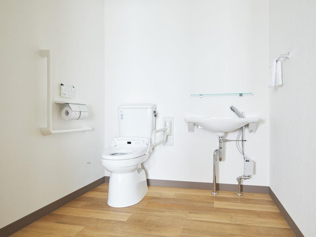 アクセシブルルームトイレ