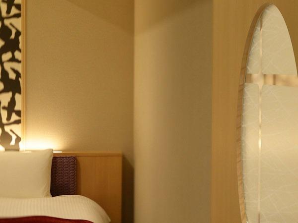 客室イメージ(雪見障子の引き戸)