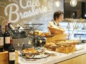 CAFE&BRASSERIE O10