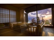 【新離れ客室 季音庵】開放的な海の景色が広がる。