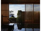 柔らかな光と爽やかな風が心ほぐす朝風呂もおすすめ