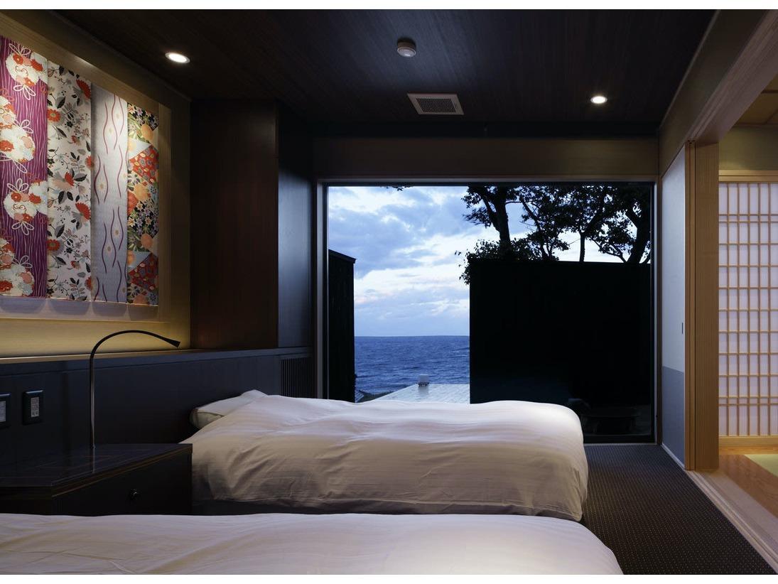 離れ 季音庵 風乃音 ベッドに寝ころびながら丹後の豊かな情緒を感じて頂けます