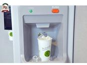 7階自動販売機コーナーに製氷機がございます。