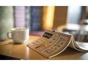 【ライブラリー】300冊の様々な書籍、ゆっくりと流れる自分だけの時間を