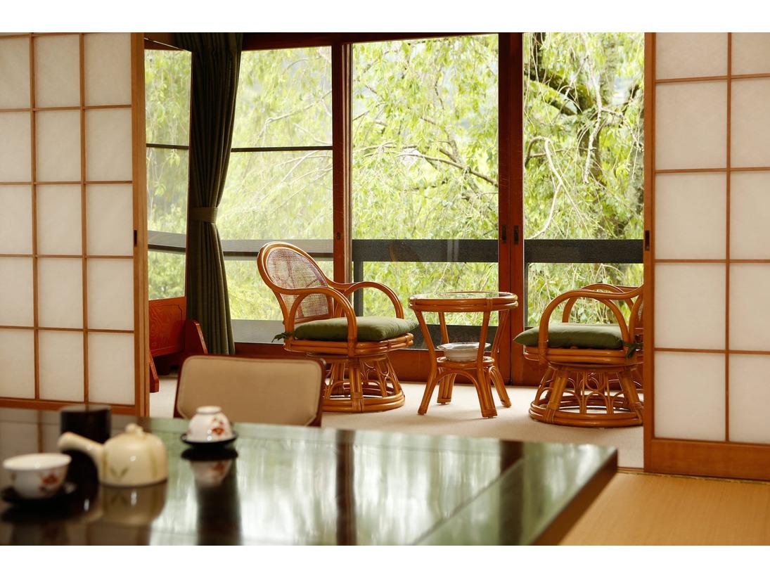 客室一例。 古き良き趣のある客室。