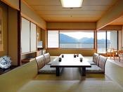 【和室12畳(眺望海側)】窓からは瀬戸内海と世界遺産「宮島」が一望できるお部屋です!