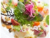 鎌倉三浦野菜と、地魚を使った湘南風サラダ