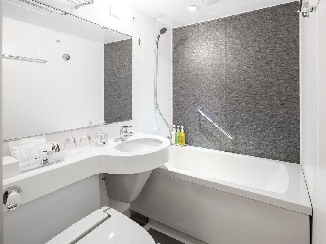 ■ユニットバスルームイメージ画像※画像は改装後のユニットバスルームです。一部未改装のお部屋もあります。