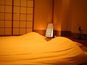 琉球畳和室~シンプルかつモダンな琉球畳をあしらったお部屋