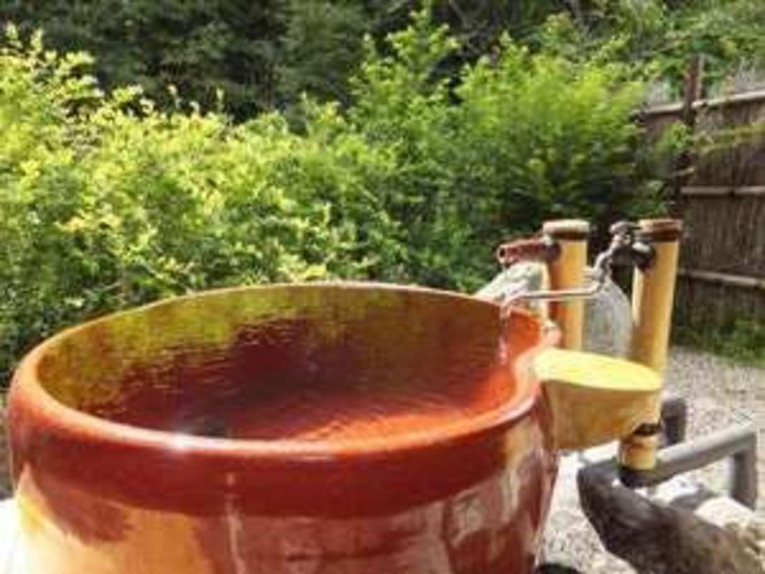 女性用露天風呂にある、かわいい形のリンゴ風呂です。(※冬季閉鎖・4月中旬頃よりOPEN)