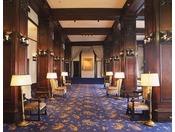 本館2階です。クラシックな雰囲気を味わえます。