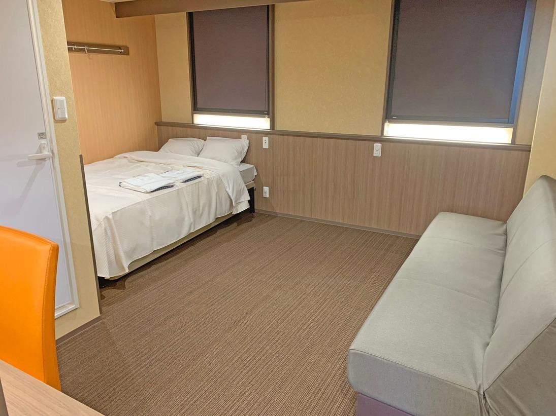 2020年リニューアル部屋(シングル)禁煙お部屋の広さは、20平米ベッド幅(140cm×1台)広々とした空間で連泊にも便利♪