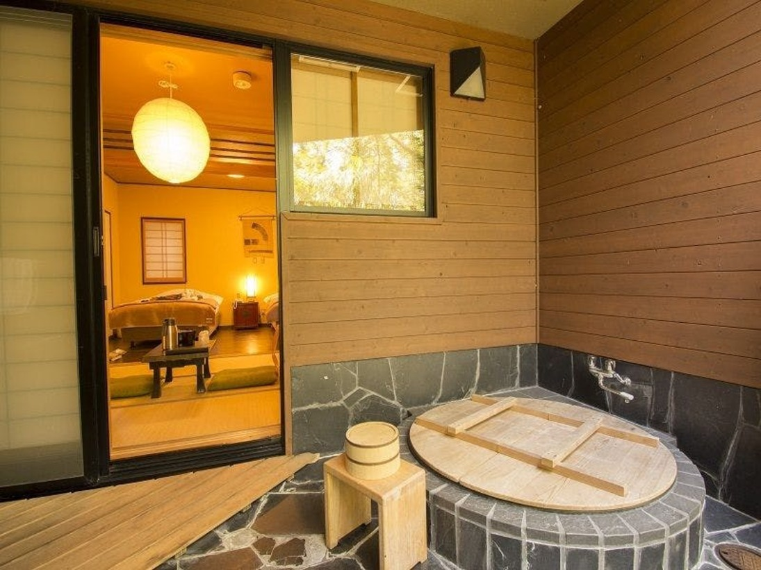 五右衛門露天風呂付 京間6畳&ツイン特別和洋室【36平米】