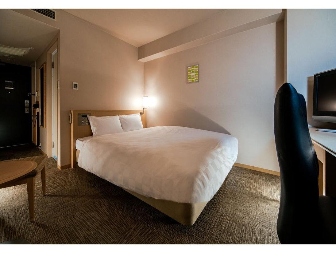 ダブルAタイプ:広さ18.2平米:ベッド154cm