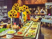 Resort Family Diner Image