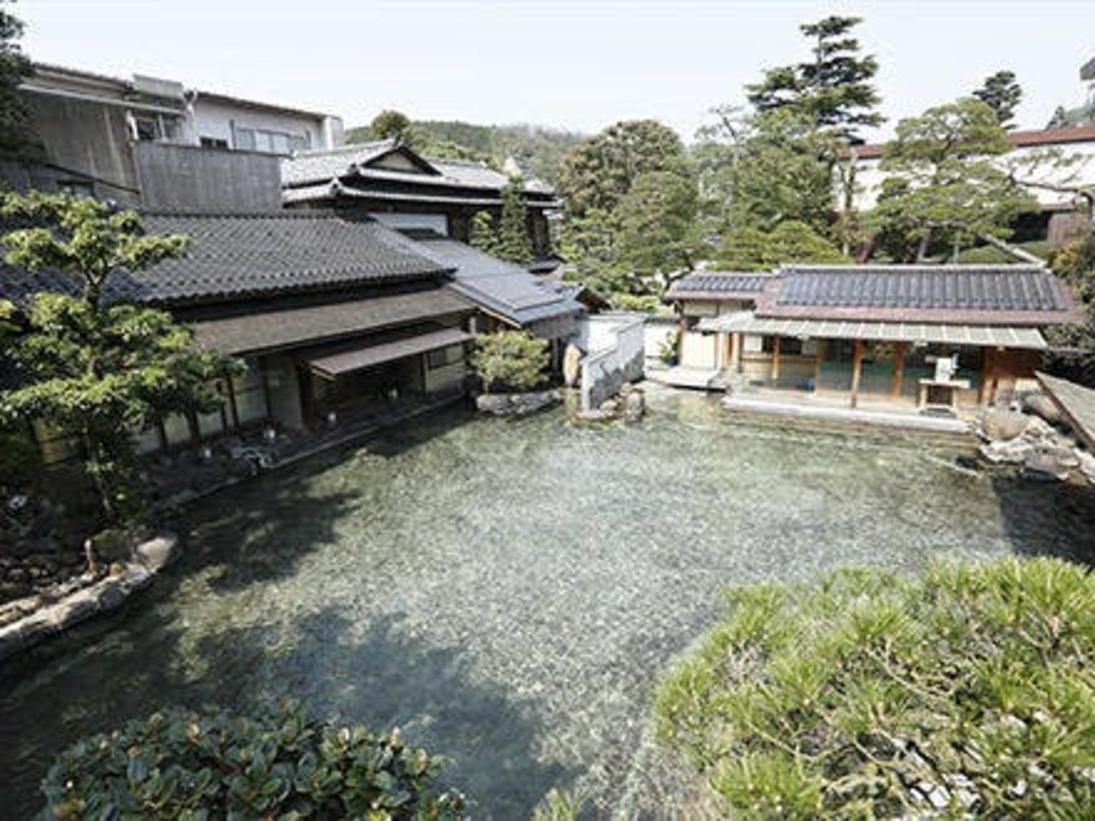 龍宮の湯 日本一の混浴大露天風呂