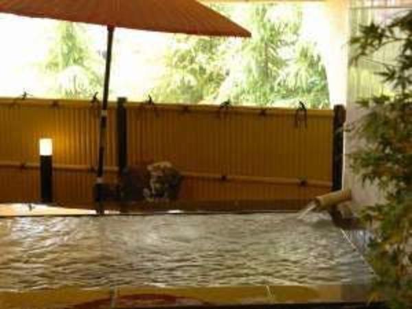 道後温泉引き湯が自慢の大浴場!
