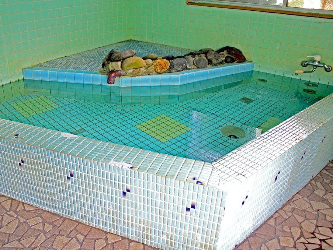 *【お風呂(1階)】1階と2階のお風呂を男女別でご利用いただきます。