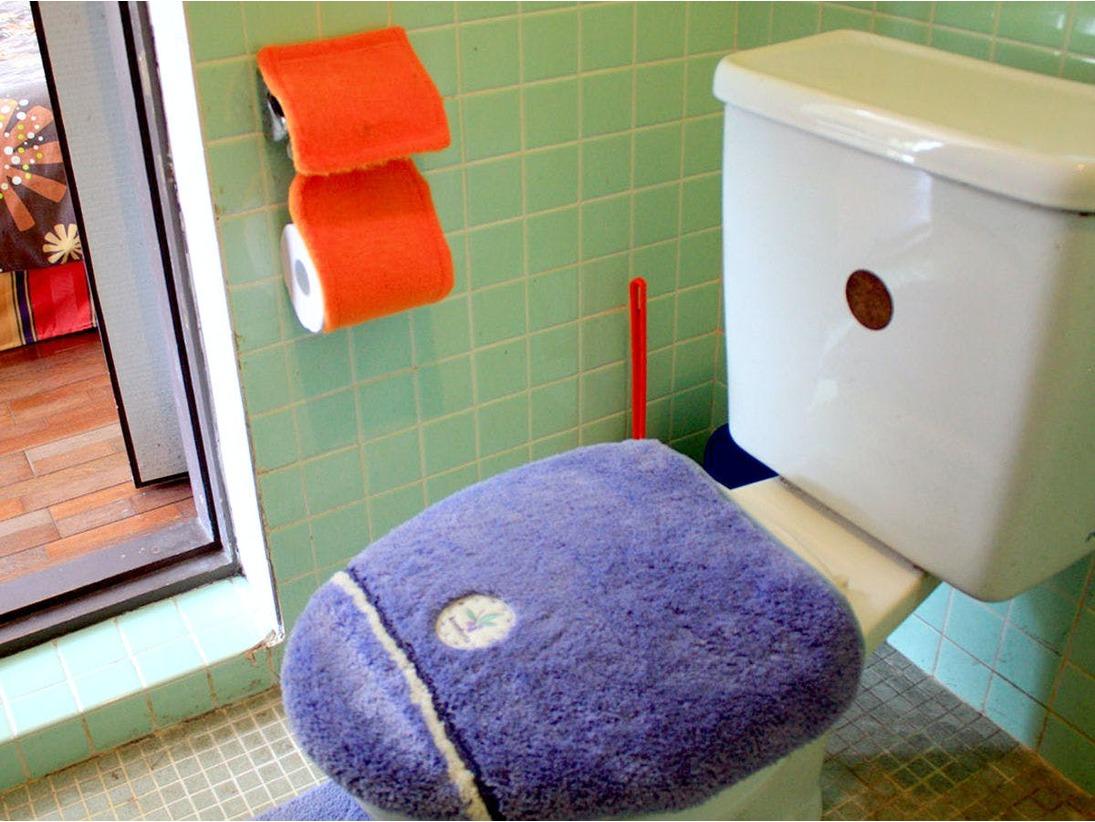 *【洋室一例】洋室にはトイレが付いております。