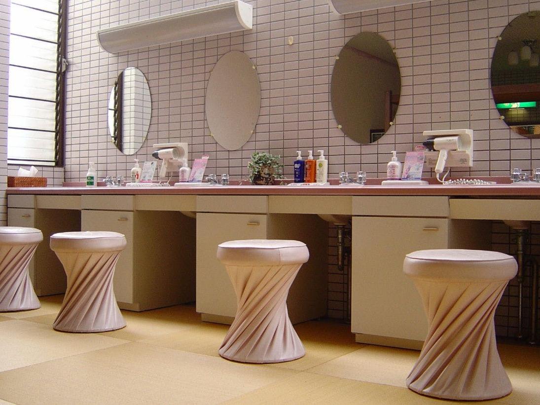 【女性大浴場】パウダールーム