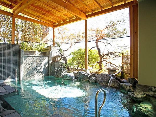 露天風呂「昇陽」