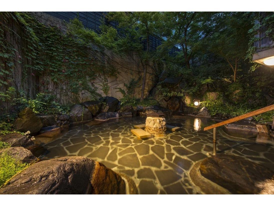 花月の温泉はと~ってもやさしいお湯赤ちゃんもご入浴いただけます。
