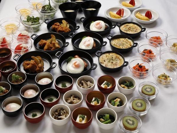 【リニューアル朝食】小鉢横丁