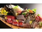 「お魚版豪華な少食コース」すべて厳選した朝獲れの地魚 例え高くても一番ネタしかお出ししません。