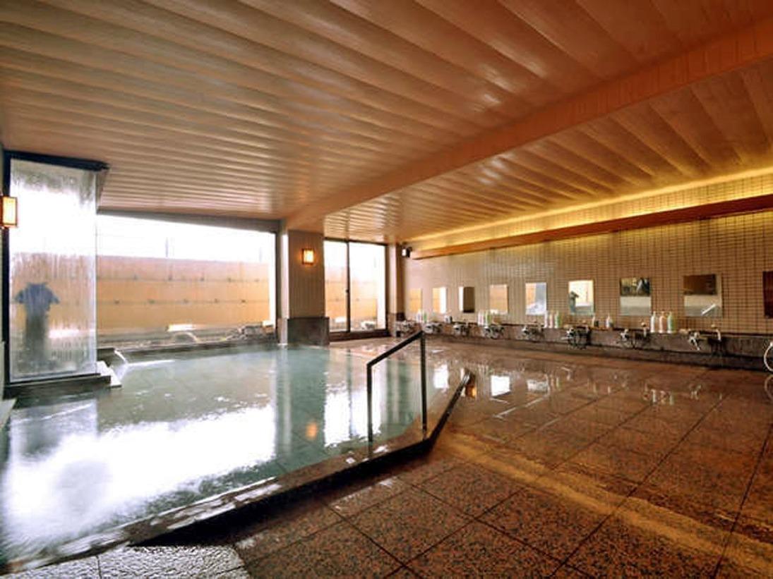 59度と高温で、毎分140リットルの豊富な湯量を誇り、お肌に優しい泉質と評判です。 ※イメージです