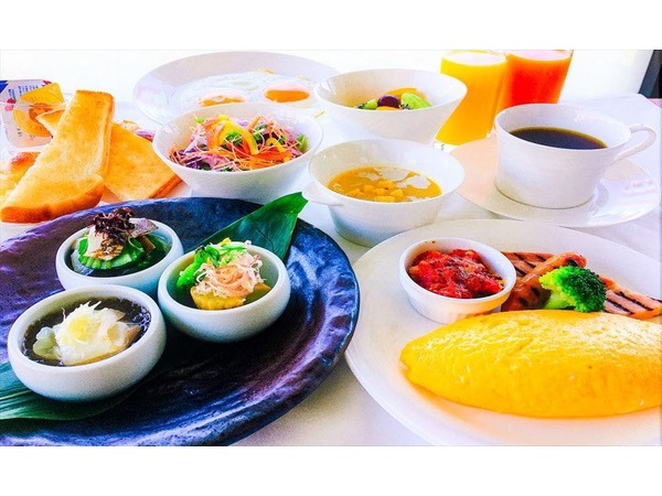 京モーニングセット(パン&スープ)