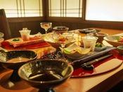 洗練された和空間の中、郷土食豊かな和会席の数々に舌鼓を。