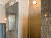 パノラマ展望大浴場【打たせ湯】/まるで滝に打たれているような勢い