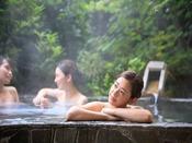 *【きぬの湯:露天風呂(一例)】ゆったり・たっぷり・の~んびりがここにあります。