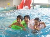 *【ガーデンスパ(一例)】屋内スパは室内施設なので、天候・季節の関係なく、水着でたっぷり遊べます。