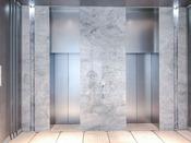 1F:エレベーターホール