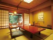 3室ある游月亭のうちの1つ「游川」。日本家屋の趣あるお部屋として人気があります。