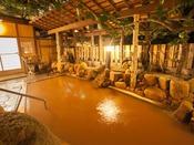 【露天風呂・玉鉾の湯】日本最古の湯をお楽しみ下さいませ。