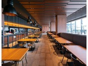 3階 Dining BRICKSIDE最大330名様までお入りいただけます。