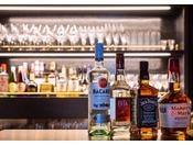 1階 Cafe&Bar LIBER各種アルコールを取り揃えております。