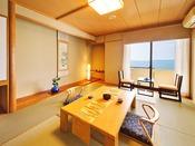 日本海を一望できる、オーシャンビューのお部屋
