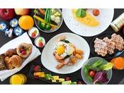 Folk Kitchenの朝食ビュッフェでお好きなお料理を存分に召し上がってください。