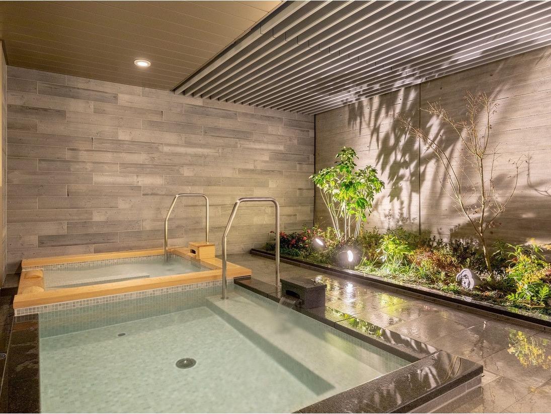 最上階の露天風呂