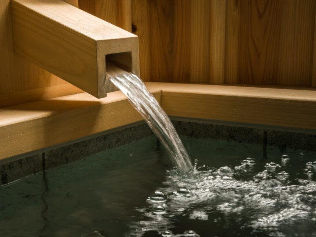 客室露天風呂は富士山の恵みの天然温泉
